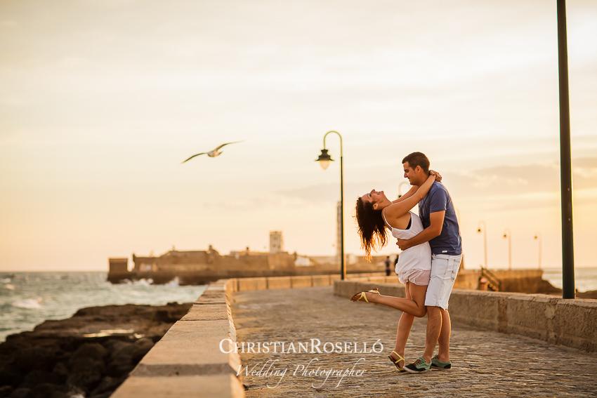 Reportaje Pre Boda en Playa de la Caleta, Cadiz. Yolanda y Jose, Christian Roselló Fotógrafo de Bodas en Cadiz, con sede en Valencia