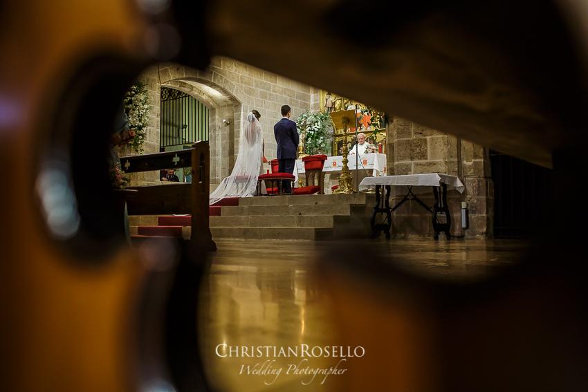Reportaje Boda en Masía Campo Aníbal Laura y Ricardo. Monasterio de Santa María del Puig. Christian Roselló Fotógrafo de Bodas nacional e internacional con sede en Valencia.