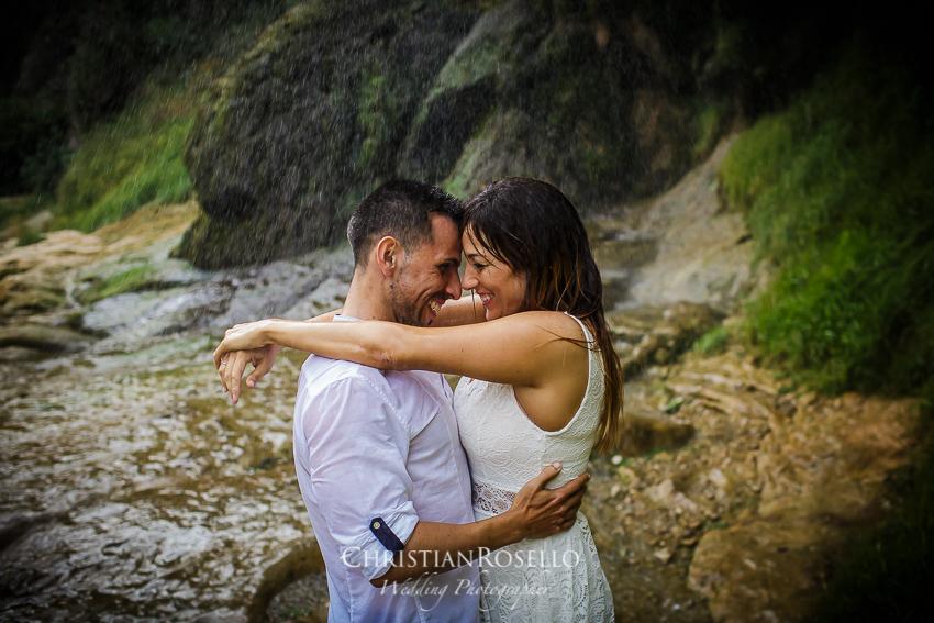 Pre Boda en el Salto de la Novia Lucía y Daniel, Navajas Castellón. Christian Roselló Fotógrafo de bodas nacional e internacional con sede en Valencia.