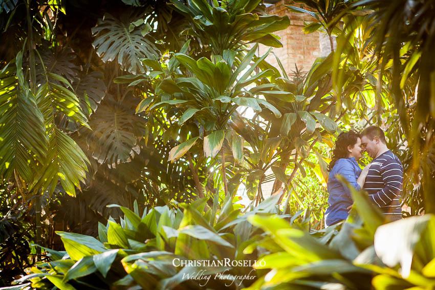 Reportaje Preboda en Valencia, Laura y Amor, Jardin Botánico de Valencia, Christian Roselló Fotógrafo de bodas en Valencia, Wedding Photographer