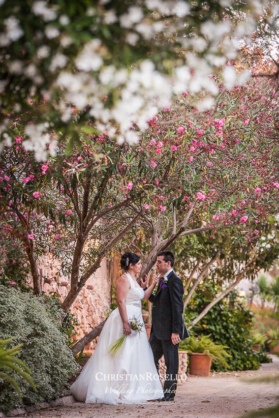 Christian Roselló Fotógrafo artístico de bodas, fotoperiodismo de bodas, sede en Puerto Sagunto Valencia, Wedding Photographer