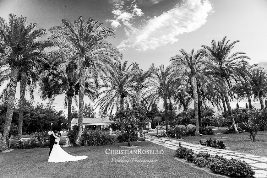 Fotografía de boda en Huerto Santa Maria Valencia, Ruth y Santi reportaje de boda, Christian Roselló Fotografía Artística de bodas, Wedding Photographer in Spain